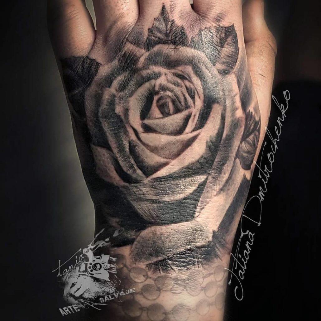 Tatuajes En Las Manos Tania Tattoo