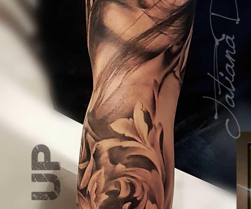 Tatuaje Realista Cara Mujer en Brazo