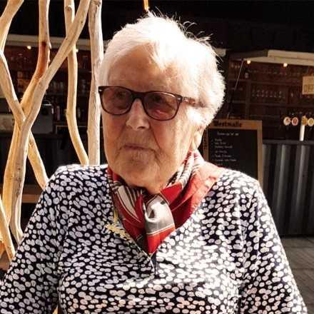 Maria Van Hest