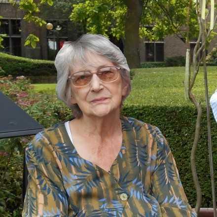 Agnes De Letter