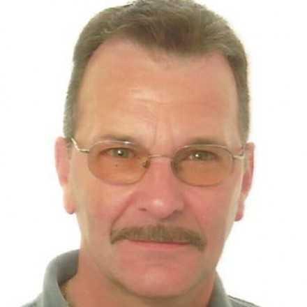Leon Deraes