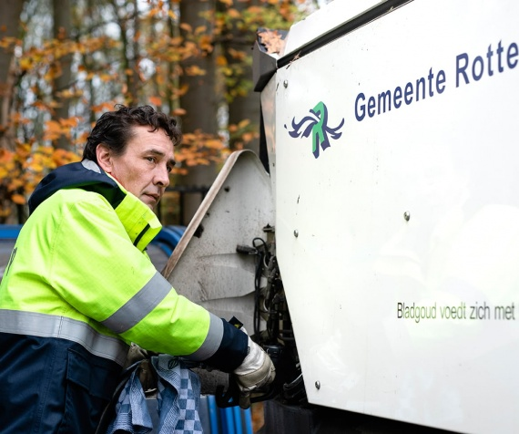 How the Municipality of Rotterdam saved 414 hrs of working time