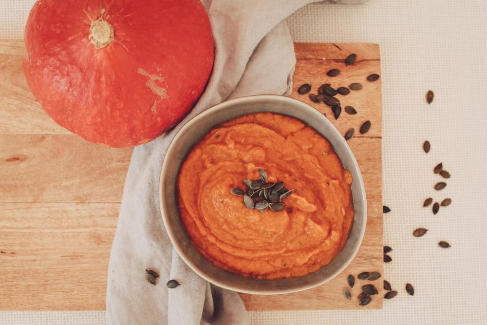 Hallo Herbst! Schnelle Kürbis-Süßkartoffelsuppe