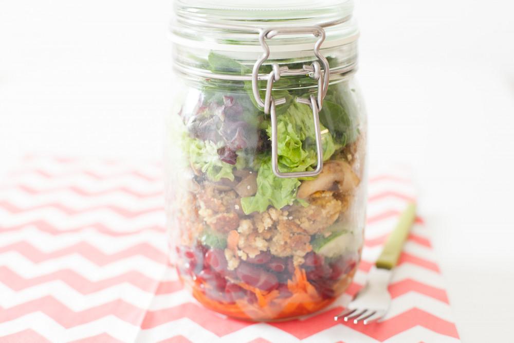 Lunch to go: schneller Salat im Glas