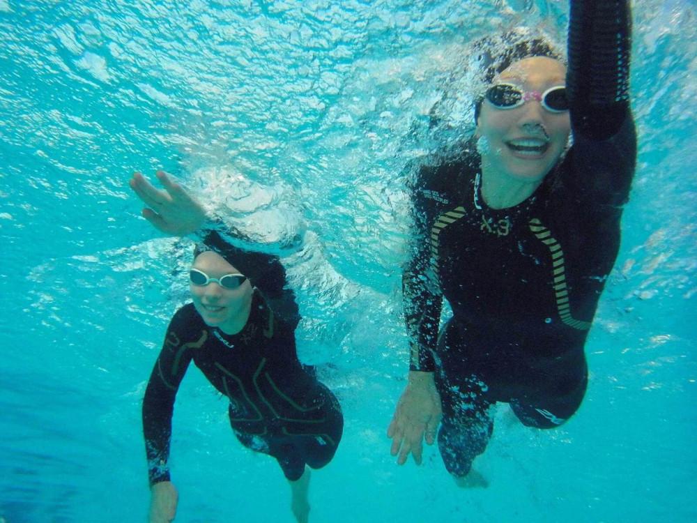 Triathlon-Tipp: wie ziehe ich meinen Neo richtig an?