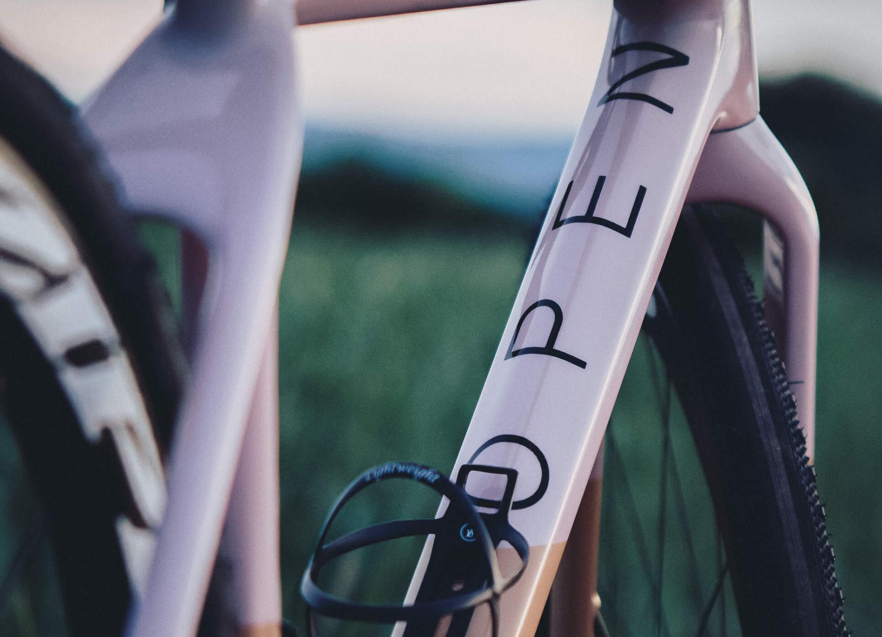 OPEN. Wie aus dem katalanischen Sonnenuntergang ein Fahrrad wurde