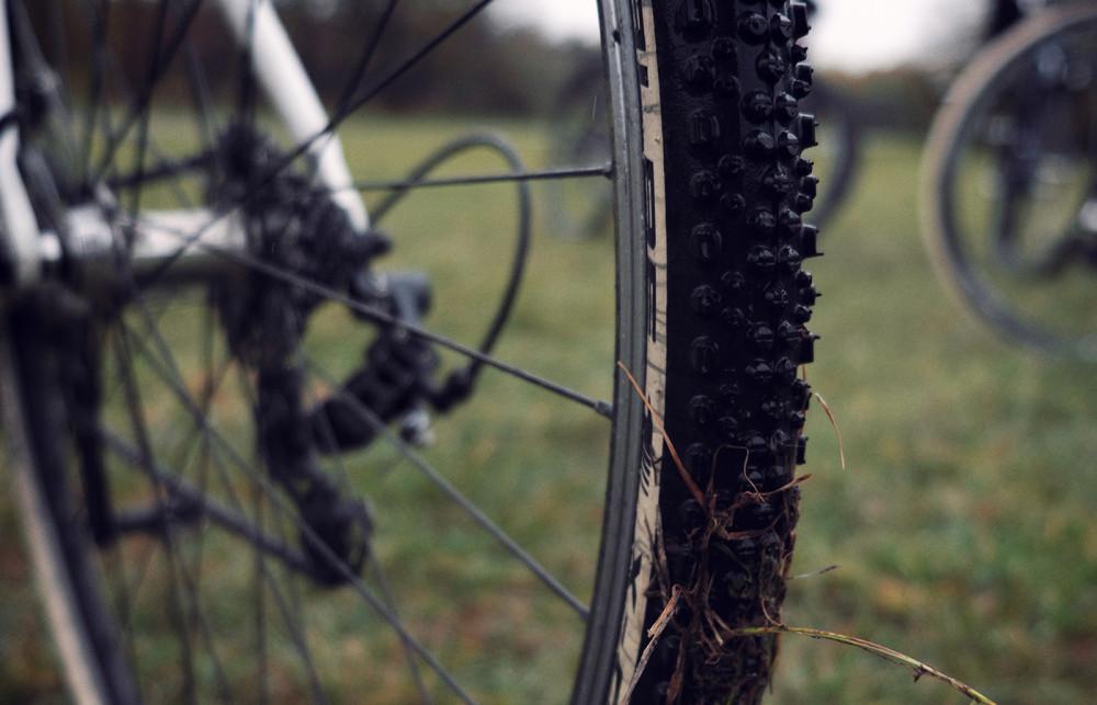 Radtraining im Winter: Warum ein Cyclocrosser oder Gravel Bike sinnvoll sind