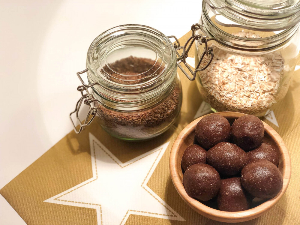 Healthy Christmas Treats: weihnachtliche Energy-Balls