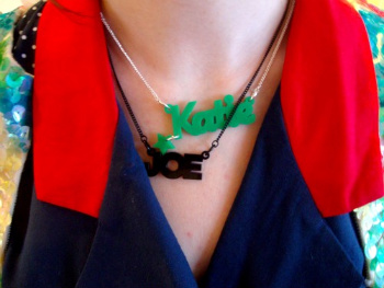 what katie wore Tatty devine name necklace