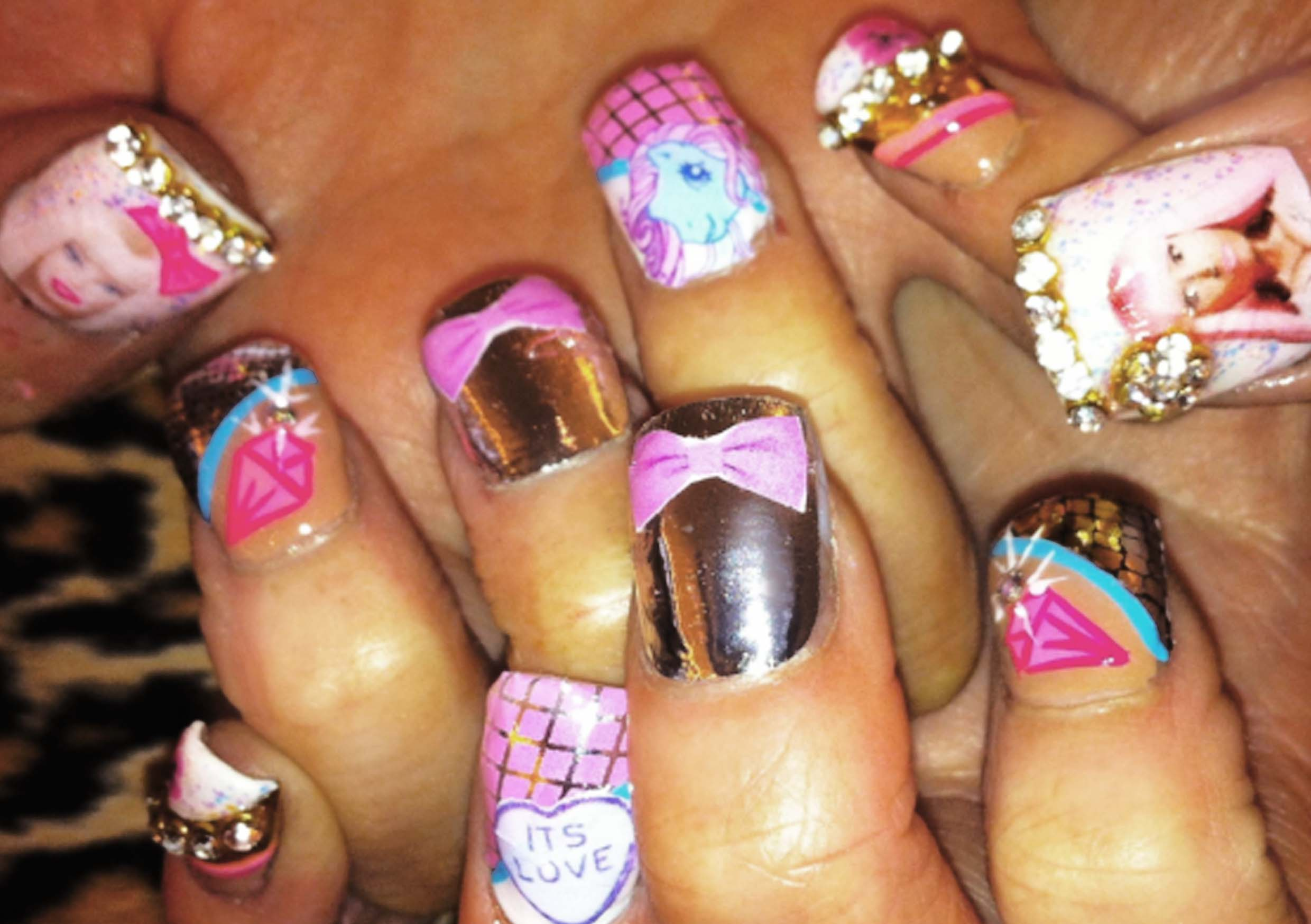 My Little Pony nail art by Scratch Dollface