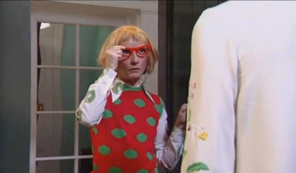 Bubble wears Tatty Devine in the original Ab Fab
