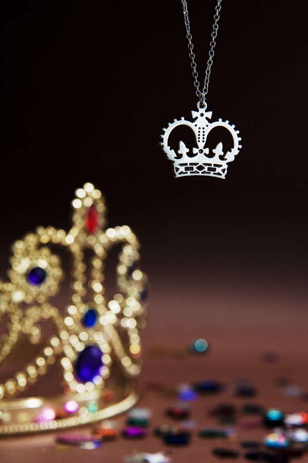 Fine by Tatty Devine - Crown Necklace