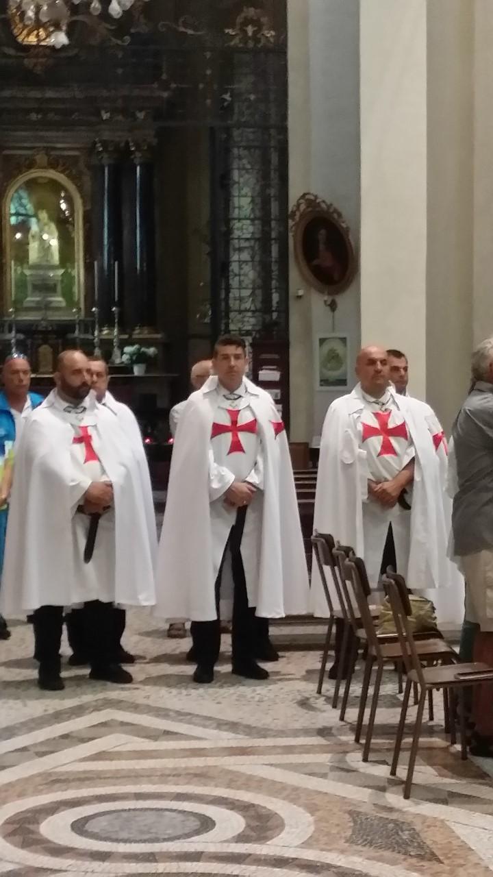 S.E. Mons. Marco Arinolfo Vescovo di Vercelli presiede al Duomo di Vercelli in onore di Sant'Eusebio patrono della città