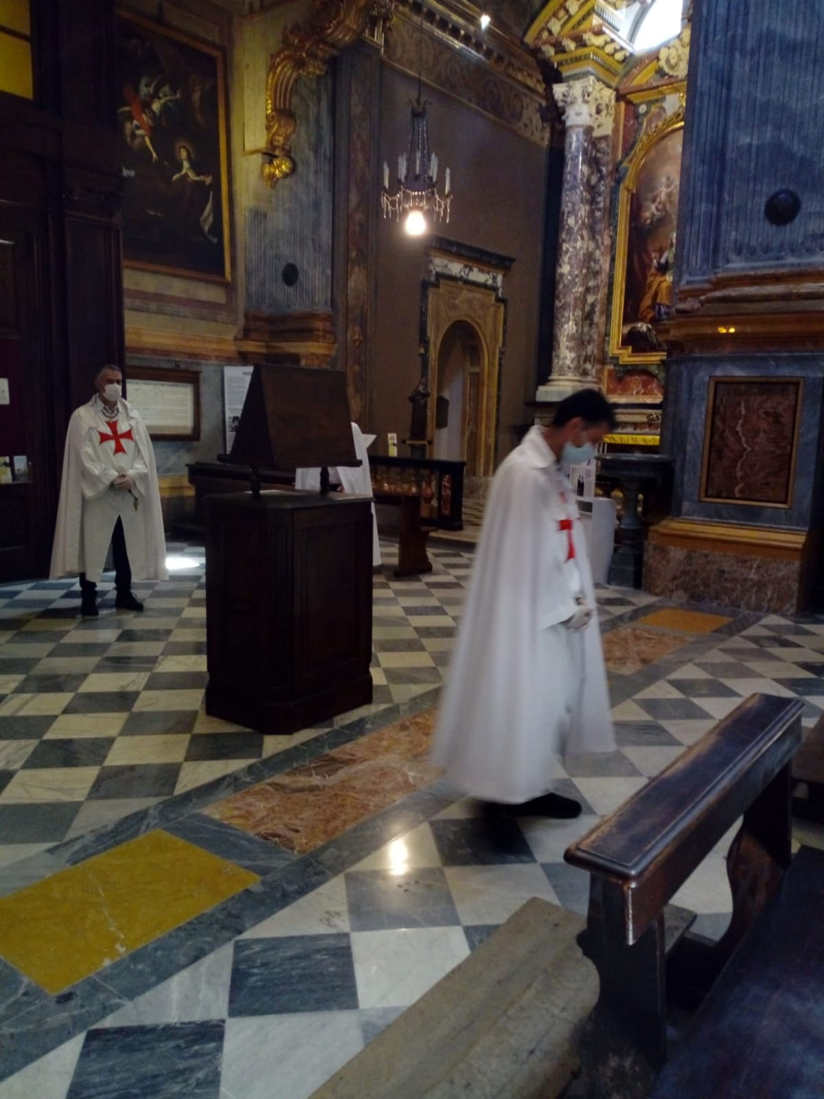 Fronleichnam in der Kirche Santa Teresa in Turin (Juni 2020)