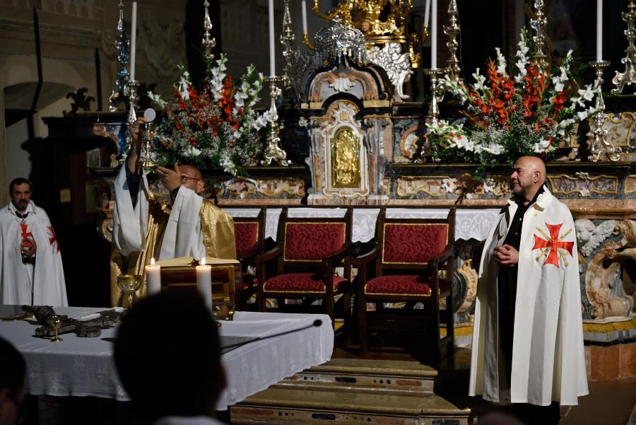 I Templari Cattolici d'Italia partecipano alla Celebrazione Eucaristica presso l'abbazia di Chiaravalle della Colomba a Piacenza.