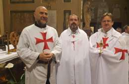 Catholic Templars with the relic of Saint George
