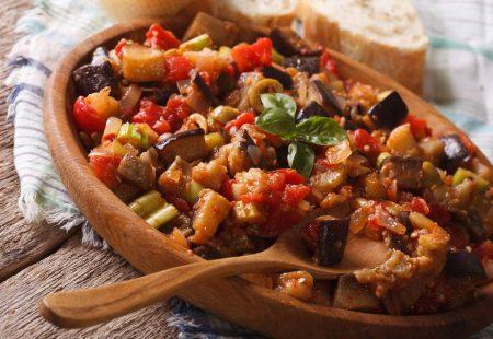 Séjour Oenogastronomique en Sicile - Caponata, plat typique de la tradition culinaire sicilienne