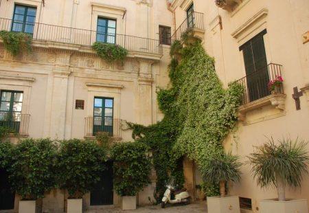 La Sicile Baroque - Boutique Hotel Villadorata seven rooms à Noto