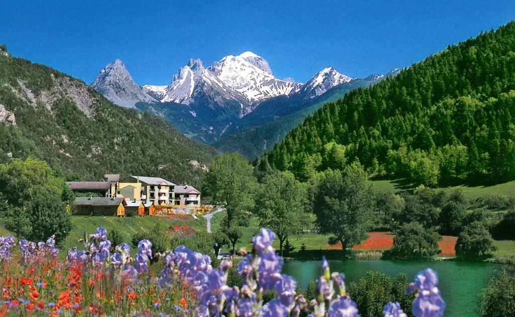 Alpes De Haute Provence Paysage  U2022 Voyages
