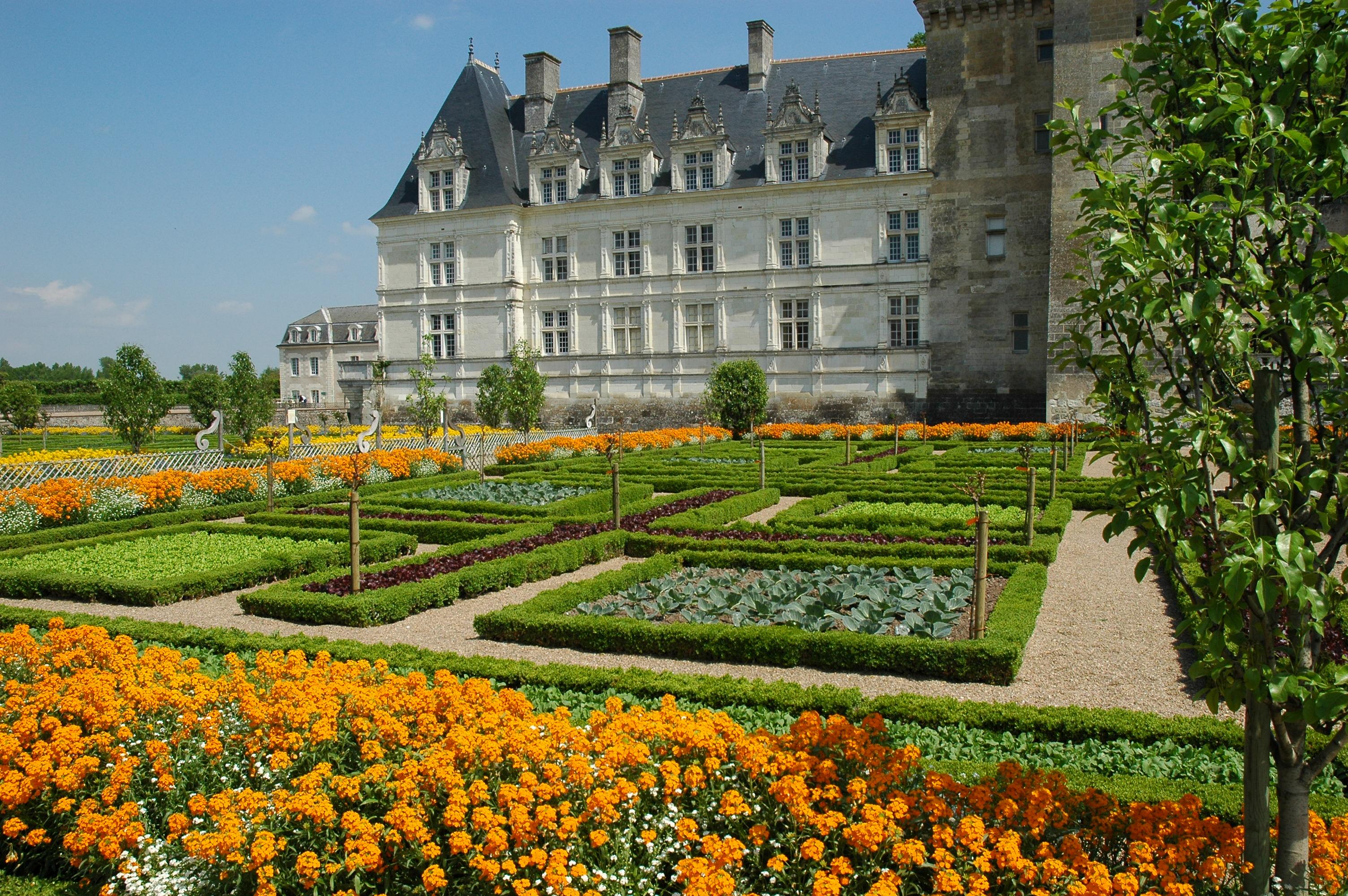 D couvrez les ch teaux de la loire en groupe r f 300 s jour groupe d couverte voyage - Les plus beaux jardins des chateaux de la loire ...