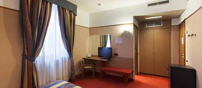 Hotel Plaza Pavia