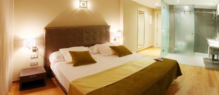 Hotel Qgat Restaurant Events & Hotel