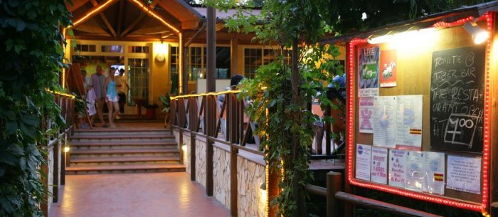 Hotel Camping Tiber