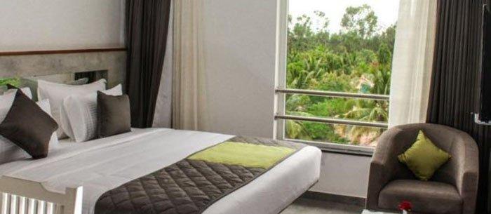 Shivas Gateway Hotel