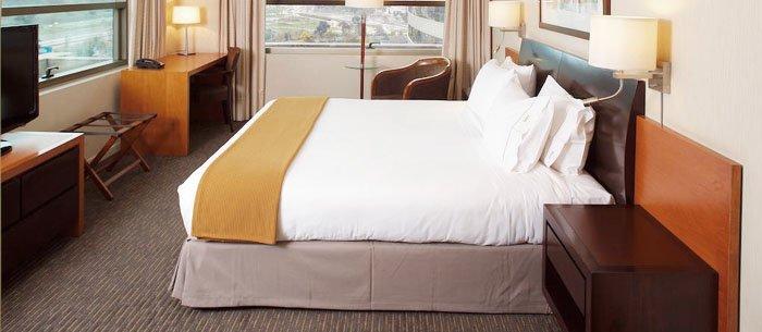 Hotel Holiday Inn Express Santiago Las Condes