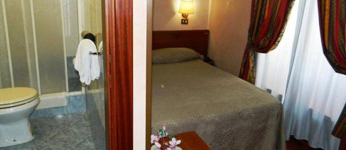Hotel Buonarroti Home
