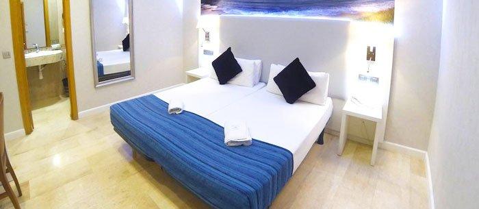 Boqueria Hostel