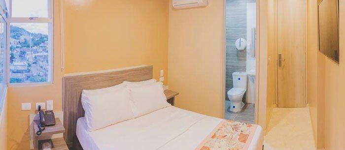 Hotel Aixo Suites