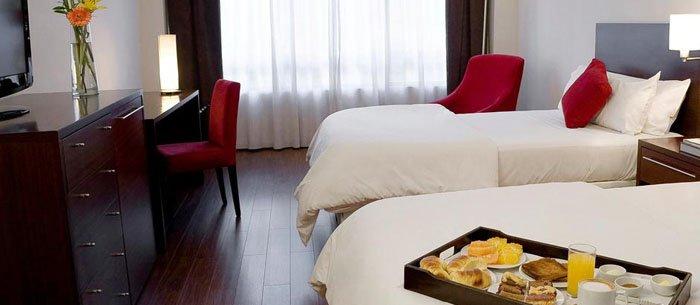 Hotel Dazzler San Martín