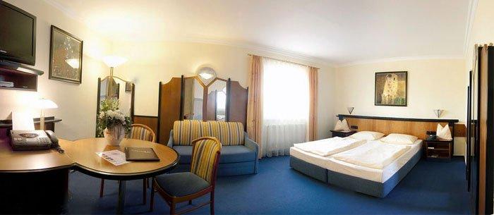 Linderhof Hotel