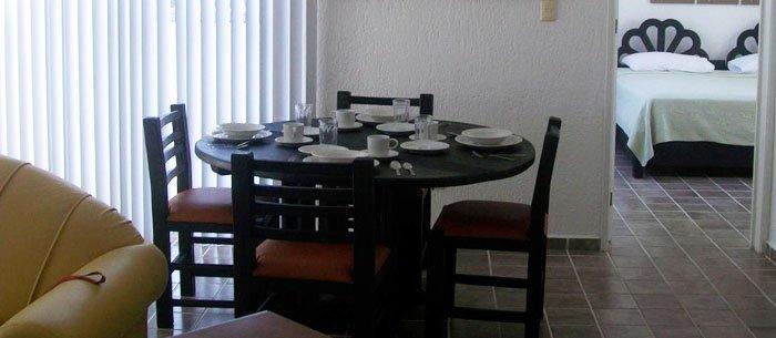 Las Gaviotas Hotel & Suites