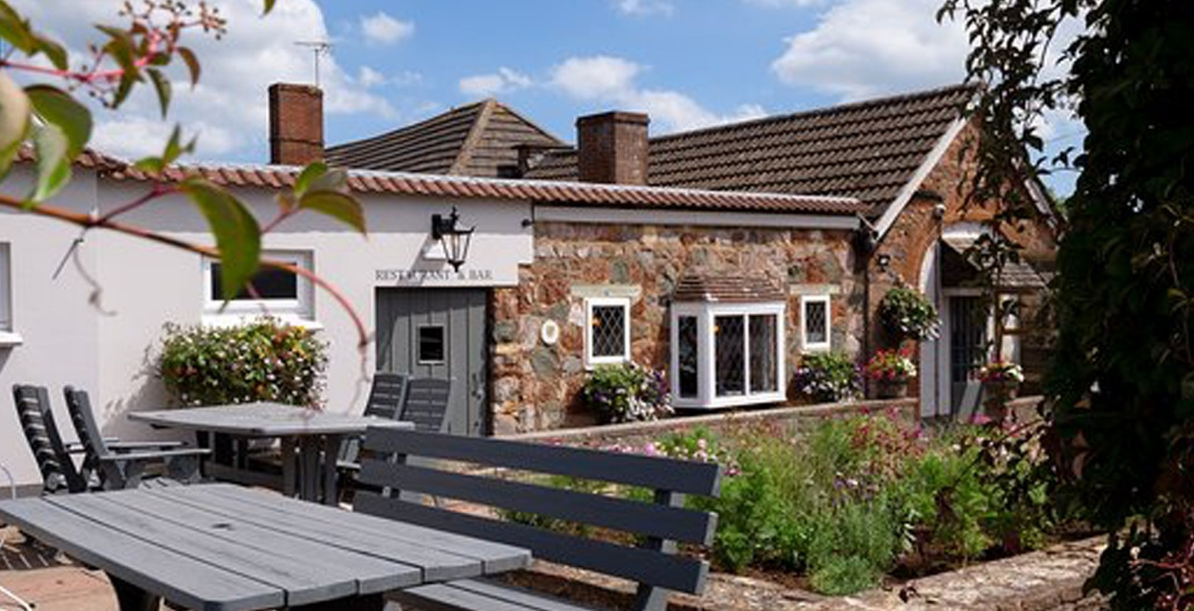 Cat And Fiddle Web Image