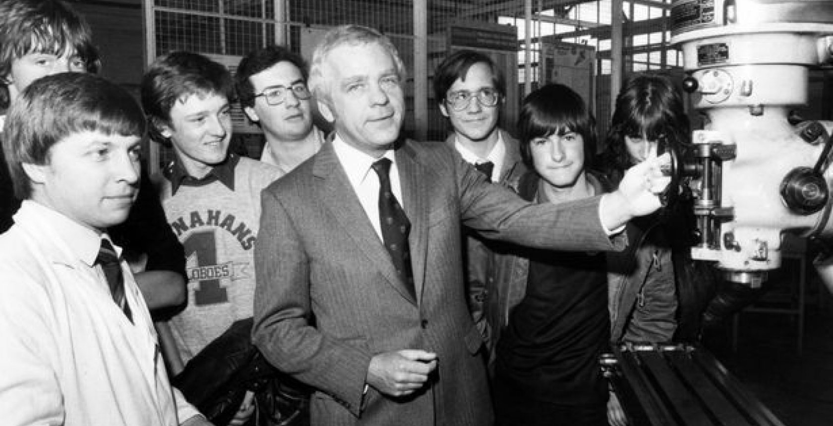 School Leavers Meet John Egan At Jaguars Radford Training Centre In 1981