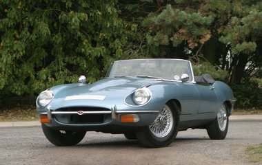 E Type Series 2 Rdster