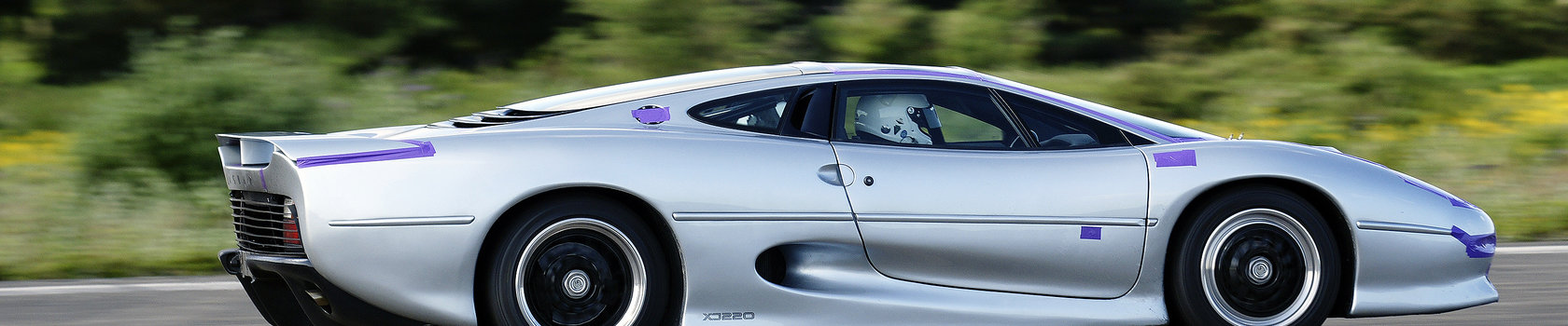 Still One Of The Most Beautiful Cars Ever  Don Laws Xj220 Speeds Off Down The 2 2Mile Runway