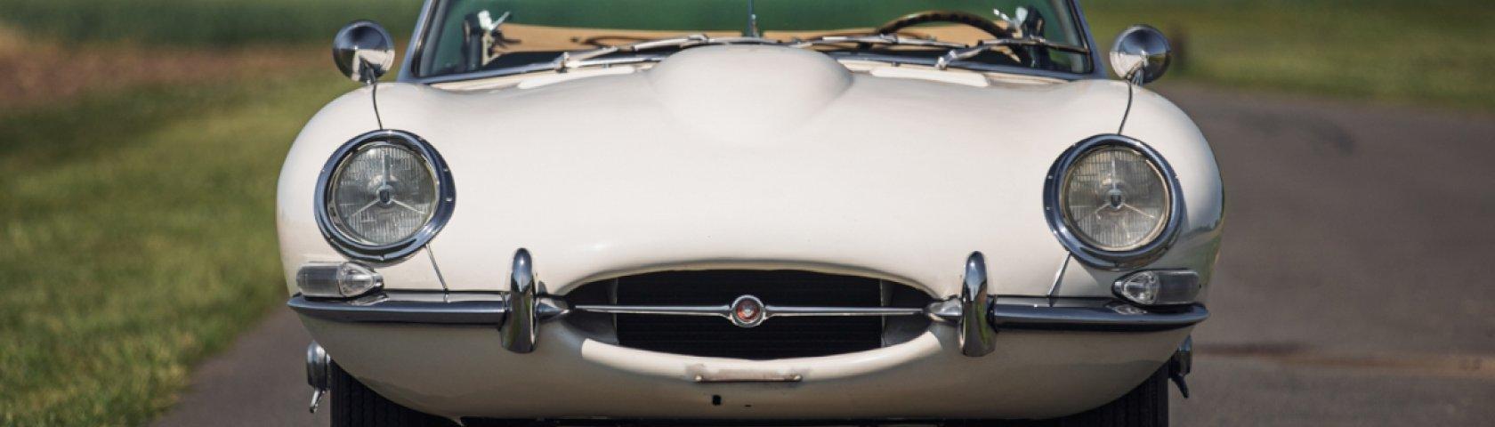 1961 Jaguar E Type Series1 Roadster02