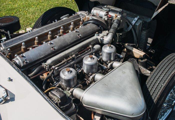 1961 Jaguar E Type Series1 Roadster04