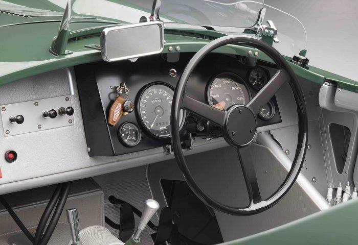 1134 Sc Jag Ctype Details Dash2 V4A Min