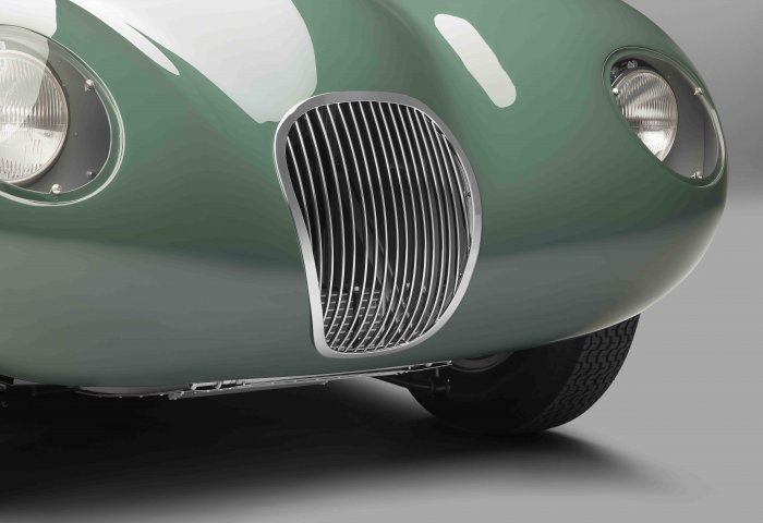 1134 Sc Jag Ctype Details Grille2 V3A Min