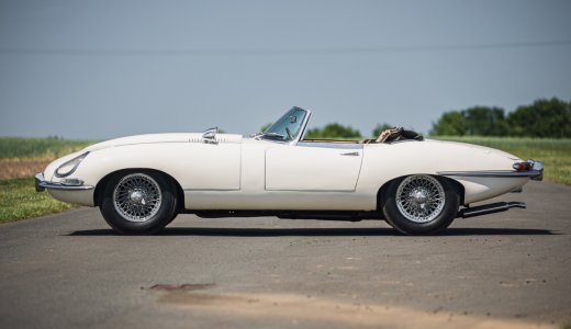 1961 Jaguar E Type Series1 Roadster01