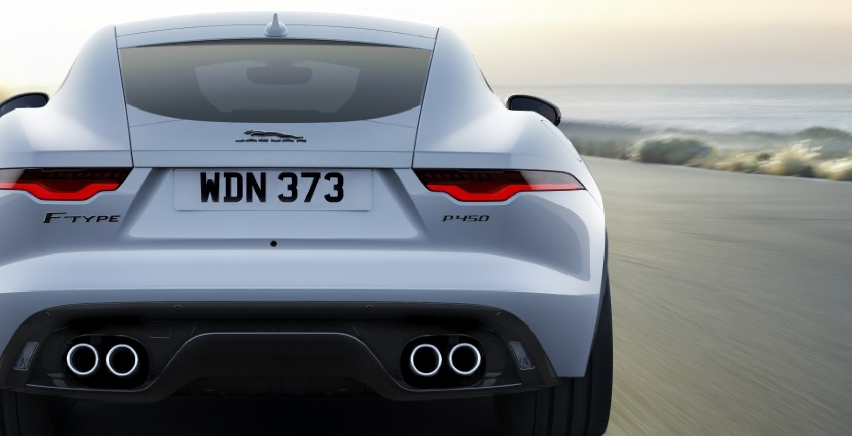 Jag F Type 22 My P450 R Dynamic Coupe Exterior 120421 002