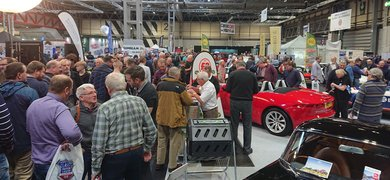 Nec18 Busy Stand Resize