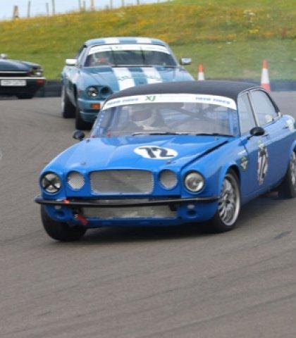 Racing 8