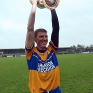 Niall gilligan celebrates with the cup 10112013 310x415