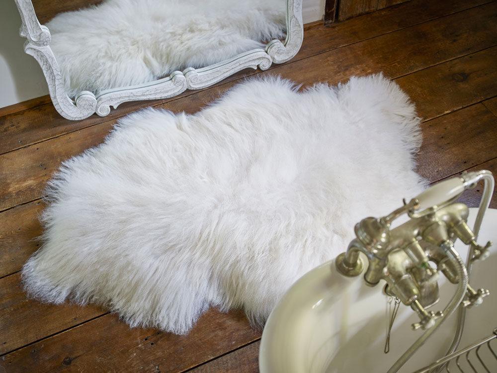 luxury icelandic sheepskin rug. Black Bedroom Furniture Sets. Home Design Ideas