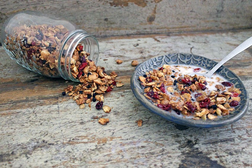 Tiger nut granola